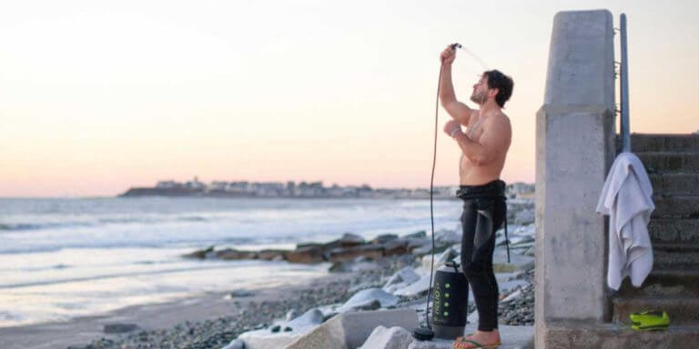 Best Solar Shower To Use While Camping And Trekking