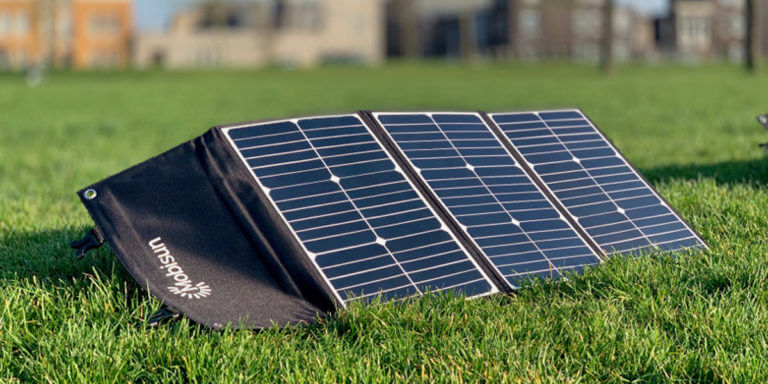 Best Portable Solar Panels – Reviews and Buyer's Guide
